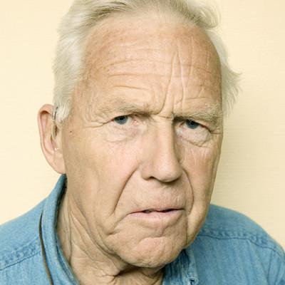 Carl Emil Petersen HviteBusser